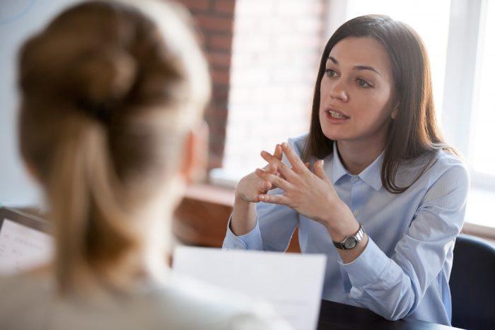 Adulte Discussions Bureau