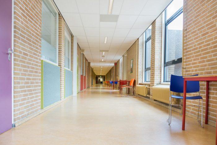 couloirs d'une ecole
